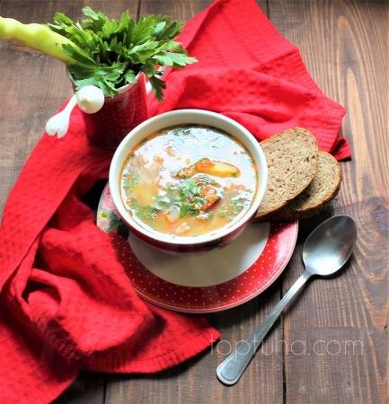 Суп с копченым мясом и пшеном